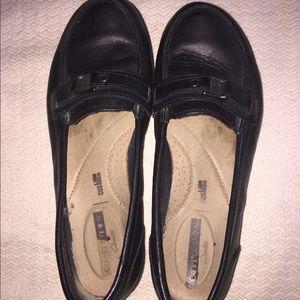 Clark's Black Leather 7M in nice shape Gently Worn